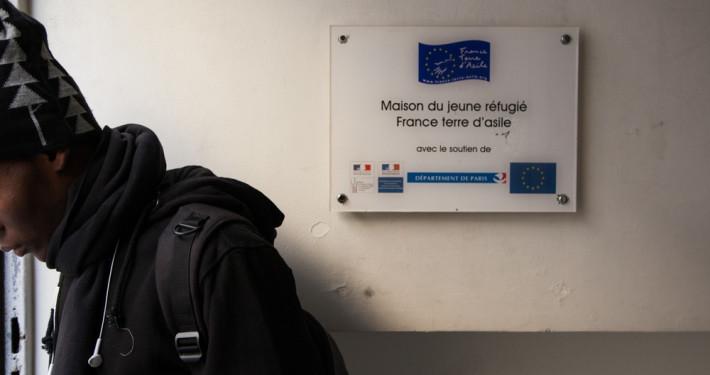 La Maison du Jeune Réfugié est située à Paris dans le 18ème arrondissement. Un établissement d'accueil pour mineurs isolés géré par France Terre d'Asile. Au total 85 jeunes sont pris en charge. Les jeunes suivent 6 heures de cours par jour. Les classes sont reparties sur 3 niveaux.